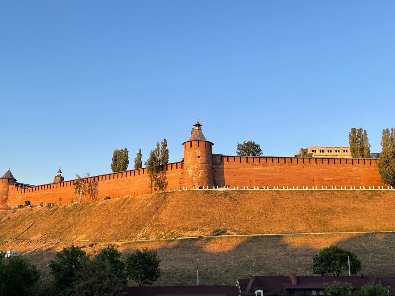 Три точки общепита и торговый павильон начнут работать в Кремле с 1 октября - фото 1