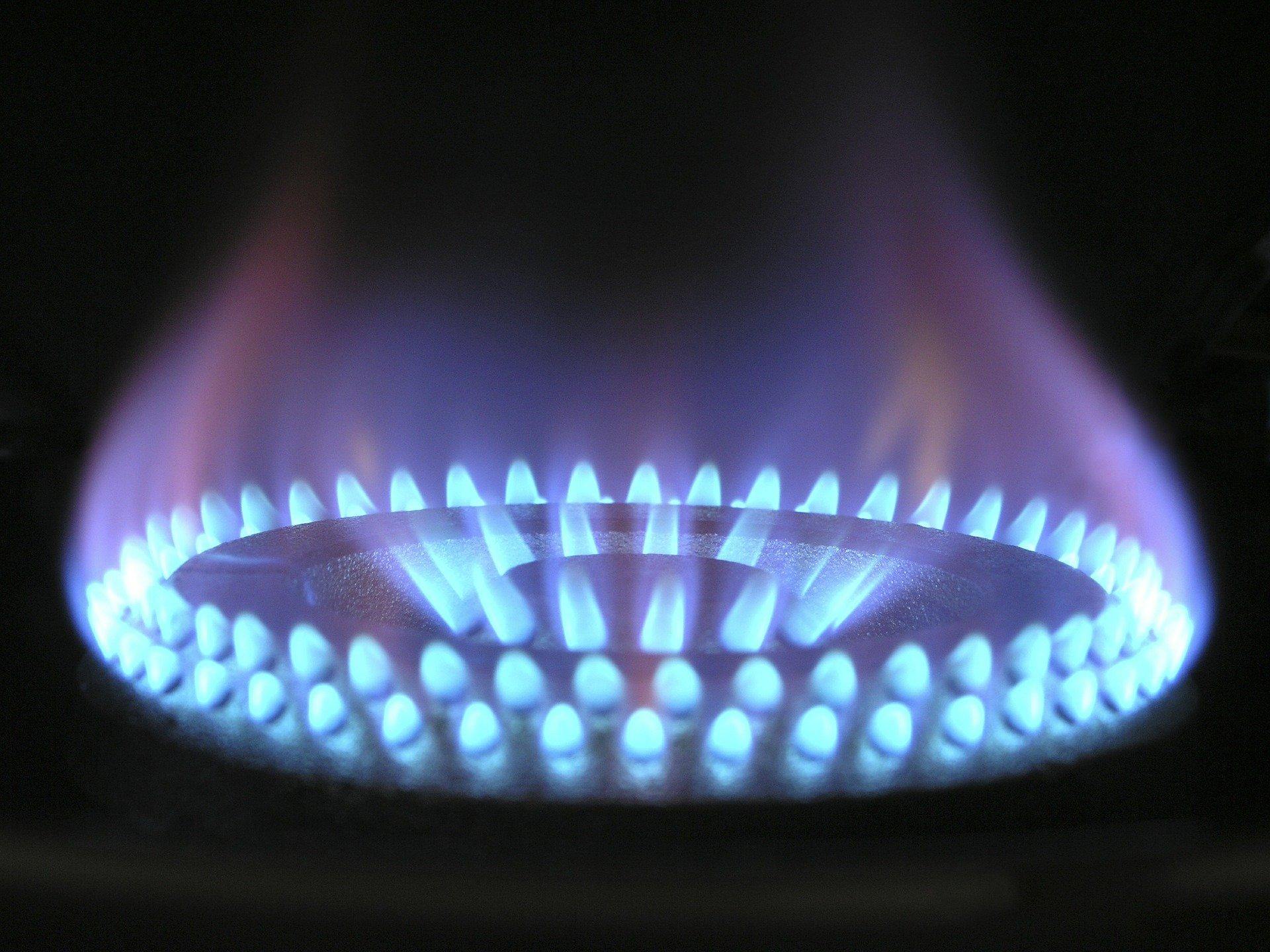 Газ будут бесплатно проводить к земельным участкам по всей России